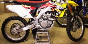 things to consider to best dirtbike stand